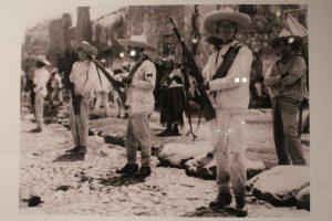 Revolucionarios en la capital chiapaneca Tuxtla Gutiérrez