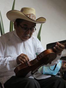 01 Antonio Hernandez AideeBalderas